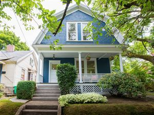 Photo of 3394 SE 8TH AVE, Portland, OR 97202 (MLS # 19612829)
