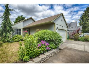 Photo of 6825 SE 77TH AVE, Portland, OR 97206 (MLS # 19623829)