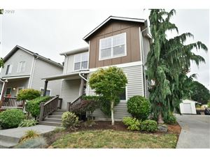 Photo of 8464 N HENDRICKS ST, Portland, OR 97203 (MLS # 19025832)