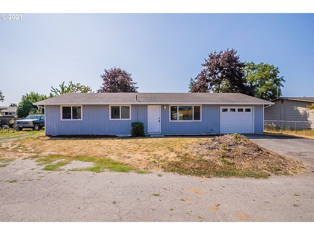 Photo of 13282 NW PARMLEY AVE, Banks, OR 97106 (MLS # 21102834)