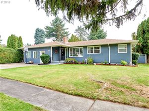 Photo of 414 SE 153RD AVE, Portland, OR 97233 (MLS # 19674837)
