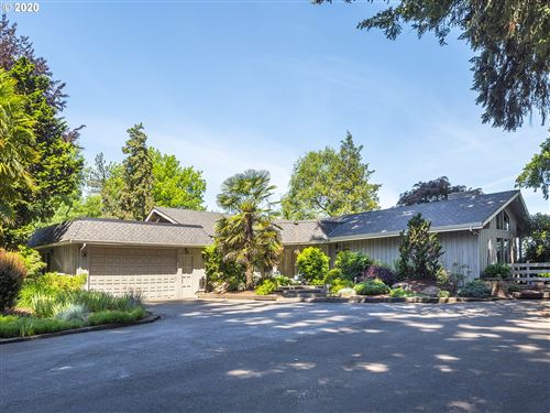 Photo of 626 NW TERRITORIAL RD, Canby, OR 97013 (MLS # 20032837)
