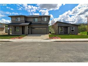Photo of 194 HONEYSUCKLE LN, The Dalles, OR 97058 (MLS # 18335839)