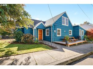 Photo of 4101 SE 100TH AVE, Portland, OR 97266 (MLS # 19558840)