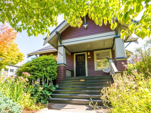 Photo of 3804 SE KELLY ST SE, Portland, OR 97202 (MLS # 20651842)