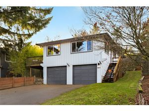 Photo of 1804 SW MILES ST, Portland, OR 97219 (MLS # 19188843)