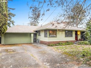 Photo of 4400 SE 101ST AVE, Portland, OR 97266 (MLS # 19558844)