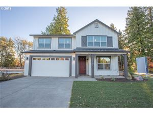 Photo of 11194 SW 114 PL, Tigard, OR 97223 (MLS # 19658845)