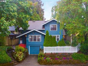 Photo of 1822 NE 47TH AVE, Portland, OR 97213 (MLS # 18675846)