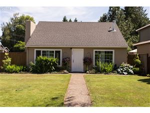 Photo of 405 SW 6TH AVE, Canby, OR 97013 (MLS # 19621846)