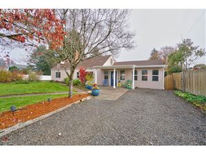 Photo of 2826 NE HEMBREE ST, McMinnville, OR 97128 (MLS # 19430847)