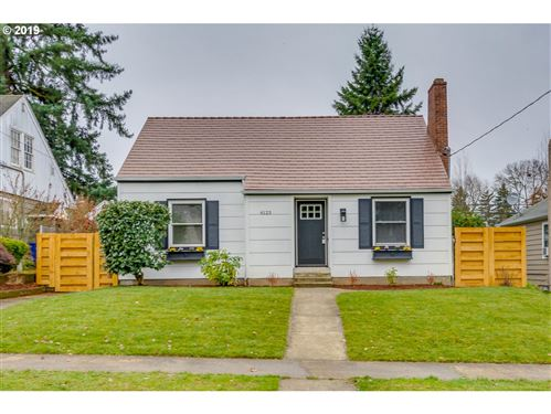 Photo of 6123 NE 25TH AVE, Portland, OR 97211 (MLS # 19625847)