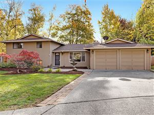 Photo of 12120 SW TRAIL PL, Beaverton, OR 97008 (MLS # 19676850)