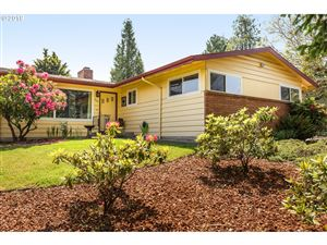 Photo of 770 NW 9TH ST, Gresham, OR 97030 (MLS # 19473851)