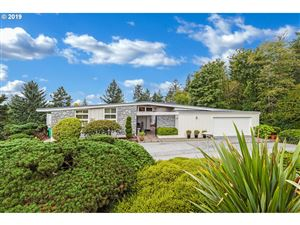 Photo of 3141 SW 55TH DR, Portland, OR 97221 (MLS # 19229853)