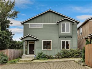Photo of 4165 SE 37TH AVE, Portland, OR 97202 (MLS # 19443853)