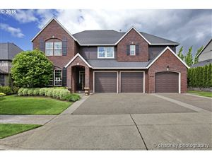 Photo of 10627 SE ONEONTA DR, Happy Valley, OR 97086 (MLS # 19570854)