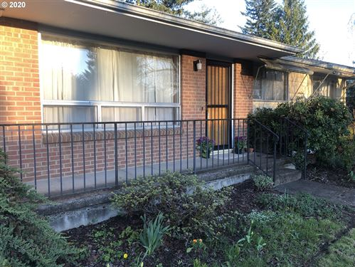 Photo of 2116 SE 184TH AVE, Portland, OR 97233 (MLS # 20329855)