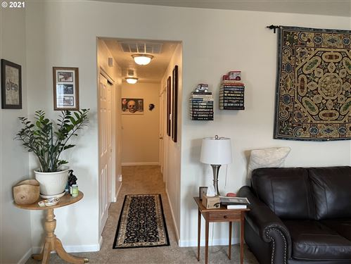 Tiny photo for 476 N MOSS ST, Lowell, OR 97452 (MLS # 21318856)
