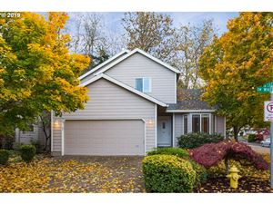 Photo of 18690 SW WHITEOAK LN, Beaverton, OR 97007 (MLS # 19175858)