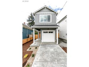 Photo of 411 NE 74TH AVE, Portland, OR 97213 (MLS # 19534860)