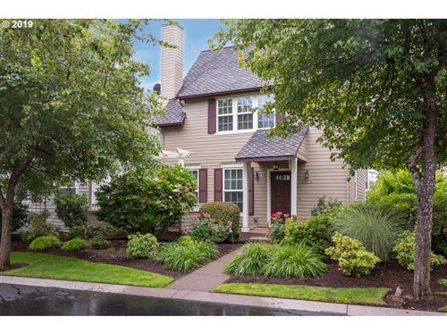 Photo of 2215 NW EDGEWOOD PL, Portland, OR 97229 (MLS # 19223861)