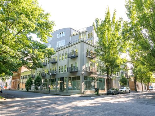 Photo of 725 NW FLANDERS ST #304, Portland, OR 97209 (MLS # 20123863)
