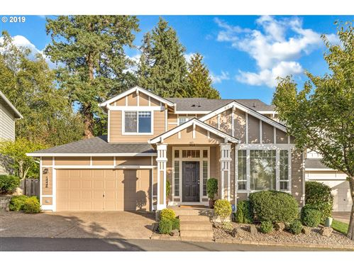 Photo of 14446 HOLLY SPRINGS RD, Lake Oswego, OR 97035 (MLS # 20593863)