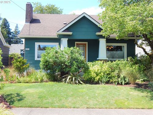 Photo of 6905 N CAMPBELL AVE, Portland, OR 97217 (MLS # 21165863)