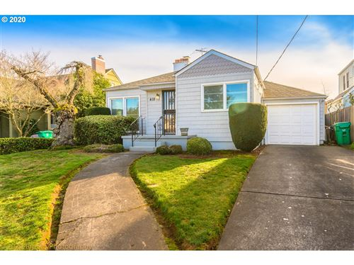 Photo of 418 N HOLLAND ST, Portland, OR 97217 (MLS # 20315865)
