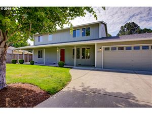 Photo of 10086 SW ALYNE LN, Tigard, OR 97223 (MLS # 19029866)