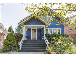Photo of 5216 SE 17TH AVE, Portland, OR 97202 (MLS # 19195866)