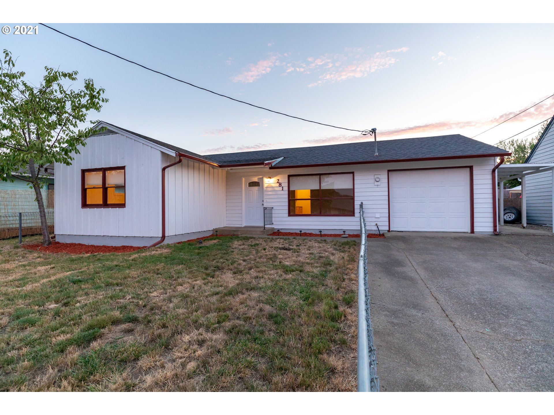 281 FORD ST, Winston, OR 97496 - MLS#: 21177869