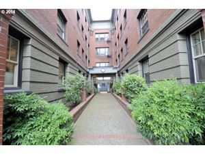 Photo of 2109 NW IRVING ST #307, Portland, OR 97210 (MLS # 19646871)