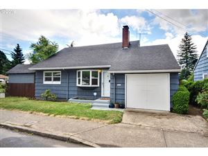 Photo of 9820 SE HOLGATE BLVD, Portland, OR 97266 (MLS # 19026873)