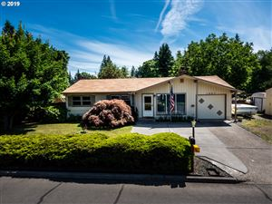 Photo of 1467 SE 175TH PL, Portland, OR 97233 (MLS # 19111874)