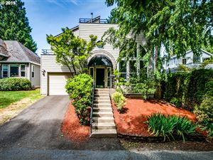 Photo of 7640 SW RUBY TER, Portland, OR 97219 (MLS # 19211875)