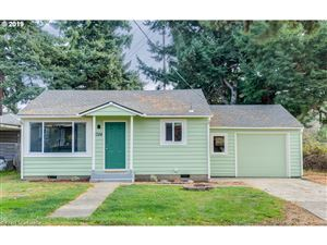 Photo of 5724 SE 123RD AVE, Portland, OR 97236 (MLS # 19214877)