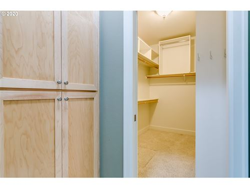 Tiny photo for 1244 SPYGLASS CT, Creswell, OR 97426 (MLS # 20211878)
