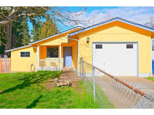 Photo of 808 KILLINGSWORTH AVE, Creswell, OR 97426 (MLS # 20102879)