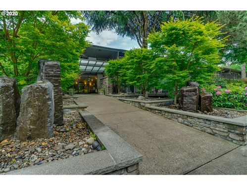Photo of 16250 PACIFIC HWY #81, Lake Oswego, OR 97034 (MLS # 20101881)
