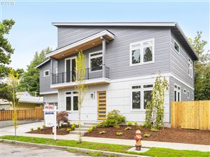 Photo of 9780 SW 54TH AVE, Portland, OR 97219 (MLS # 19653882)