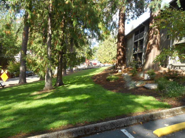 Photo of 2680 SW 87TH AVE #7, Portland, OR 97225 (MLS # 21519882)