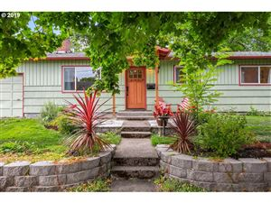 Photo of 11350 SW 12TH ST, Beaverton, OR 97005 (MLS # 19526884)