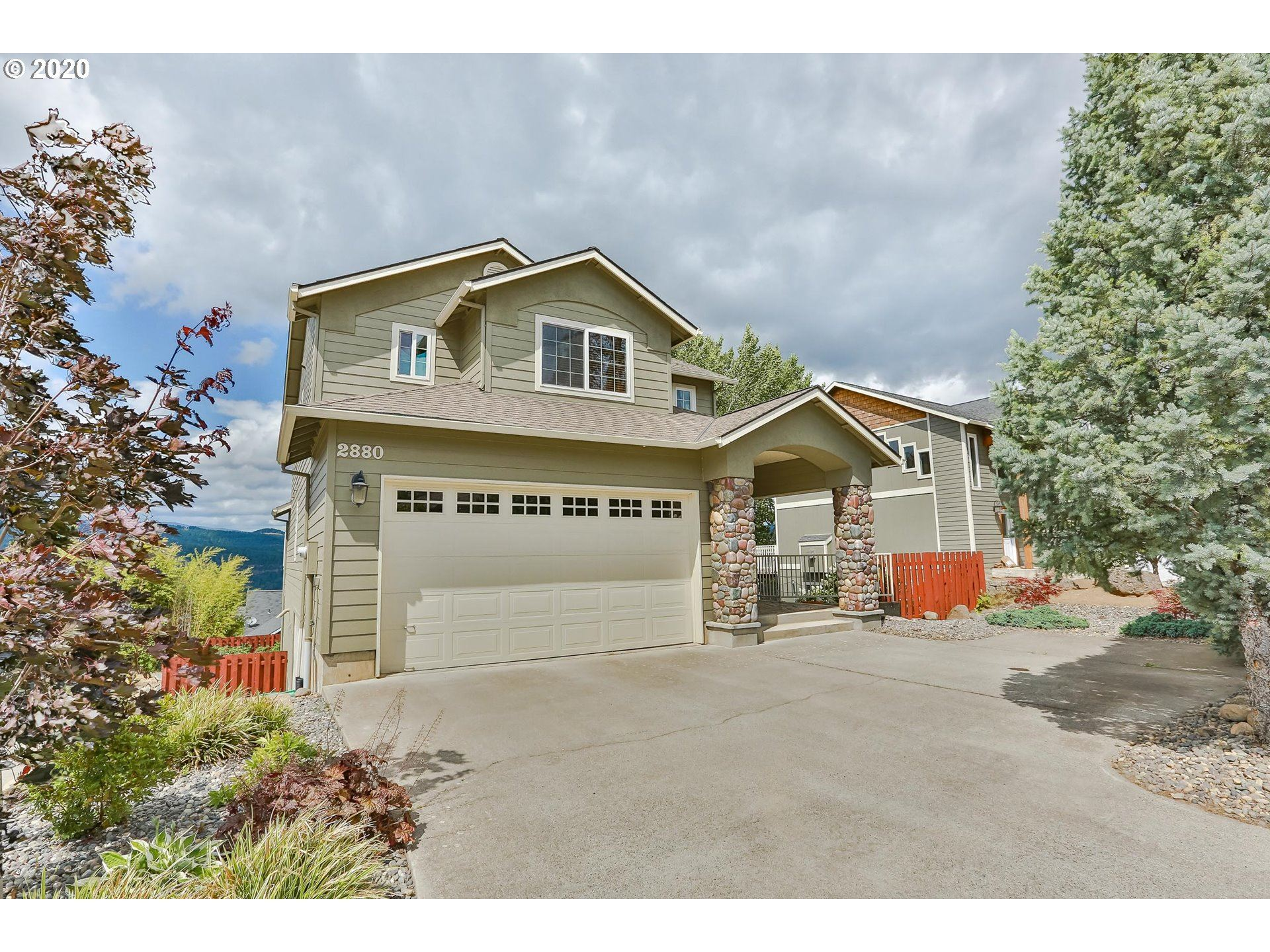 Photo of 2880 MAY, Hood River, OR 97031 (MLS # 20448884)