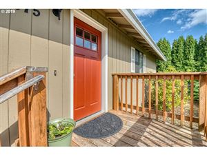 Photo of 23075 SW MANSFIELD ST, Sherwood, OR 97140 (MLS # 19293885)