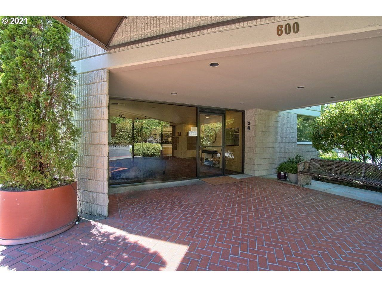 600 SE MARION ST #308, Portland, OR 97202 - MLS#: 21083885