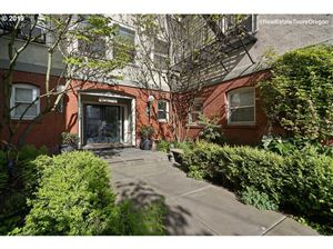 Photo of 731 SW KING AVE 18 #18, Portland, OR 97205 (MLS # 19088887)