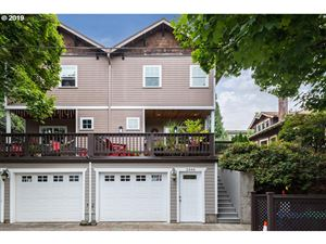 Photo of 2444 SE YAMHILL ST, Portland, OR 97214 (MLS # 19249888)