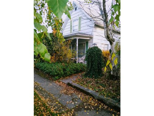 Photo of 216 NE 10TH ST, McMinnville, OR 97128 (MLS # 19533893)